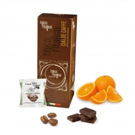 Caffè all'aroma di cioccolato e arancia